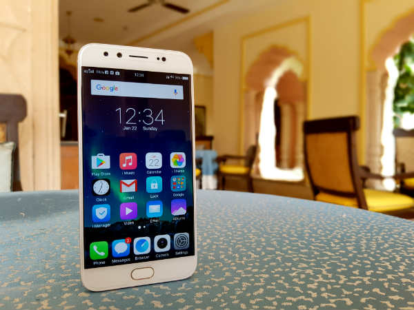 Vivo V5 Plus with dual front-facing camera launched at Rs. 27,980, will be available from February 1