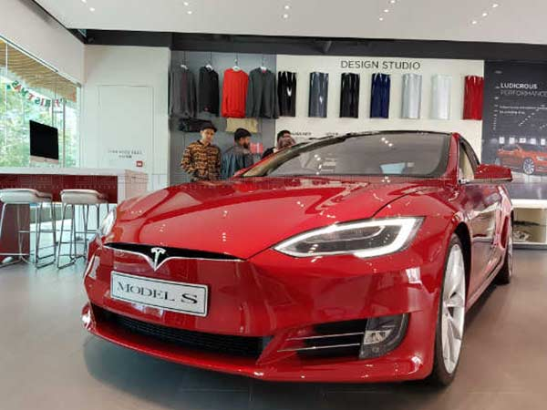Tomorrow is a Big Day For Tesla And its Users, Find Out Why
