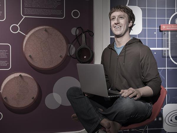 Facebook's Mark Zuckerberg denies stealing Oculus technology