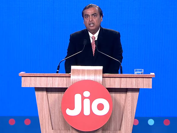 Reliance Jio to make huge announcements today: Live Streaming