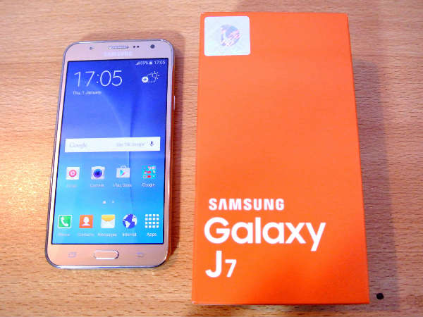 Samsung Galaxy J7 2017 smartphone spotted online again