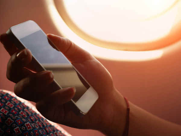 DoT may soon let you access internet during flight