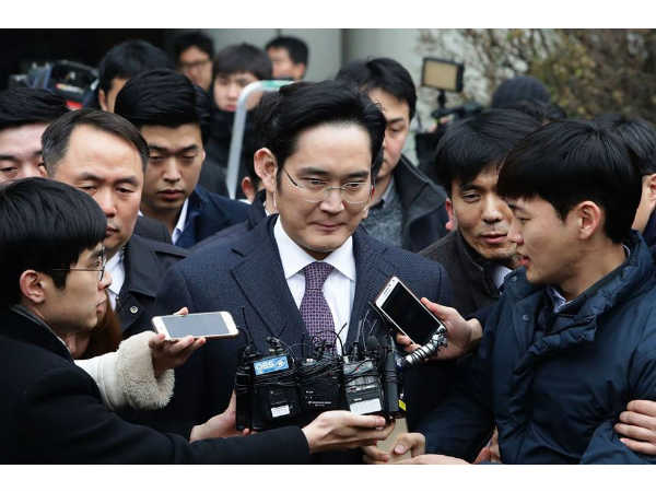 Samsung leader will be indicted for bribing South Korean President
