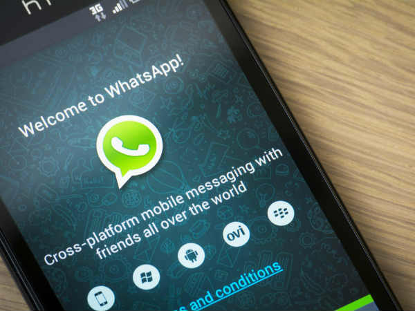 WhatsApp's latest update brings back the text status option