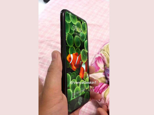 Images of dummy model of alleged iPhone 8 surface online