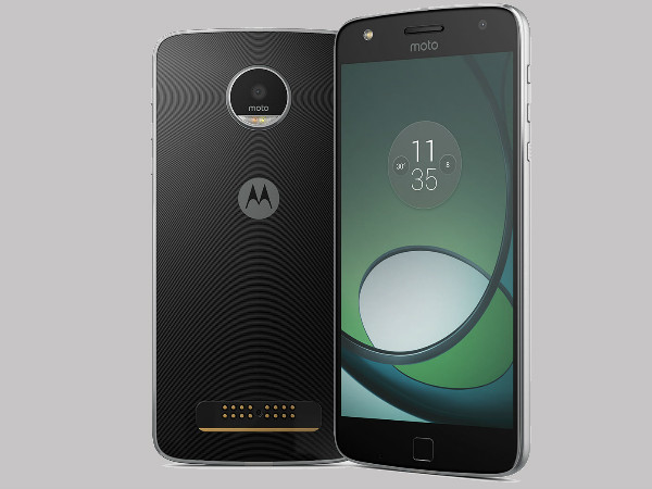 Moto Z Play is receiving official Android 7.1.1 update soon