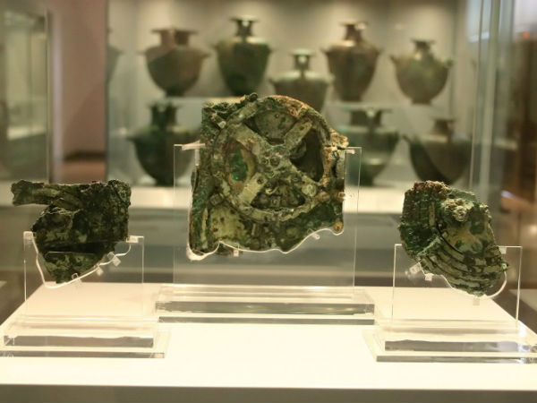 What exactly is Antikythera Mechanism?