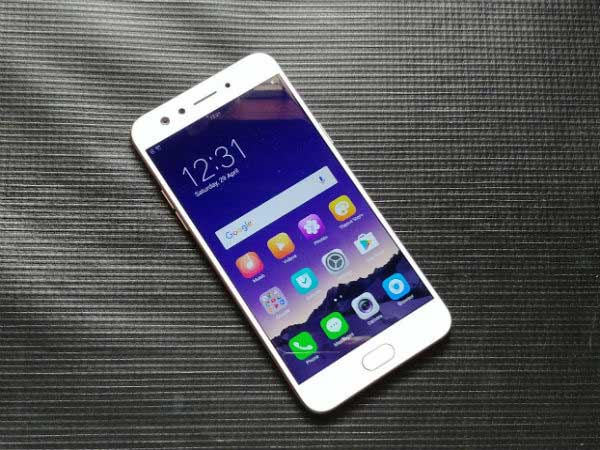 Experience wide-angle selfies in mid-range with the new OPPO F3