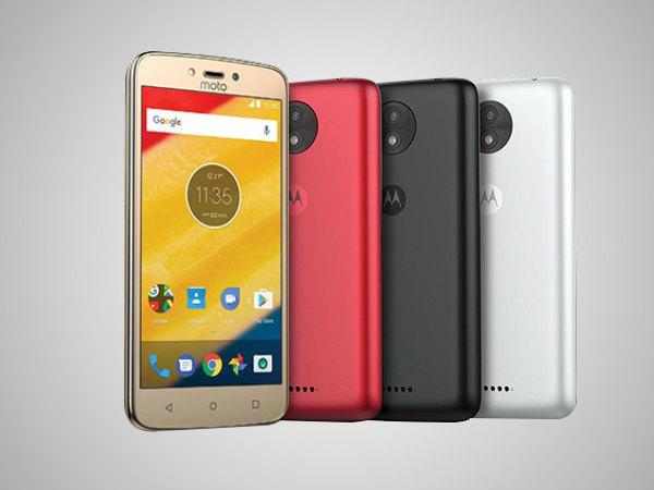 Upcoming Motorola smartphones leaked via press shot; Moto ...