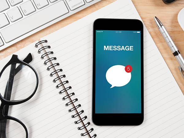 How to set up automatic responses to text messages in Android