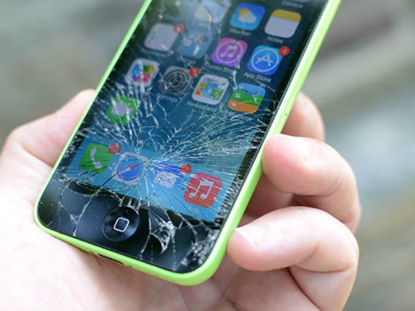 Damaged iPhone screens will now be cheaper to repair: Report
