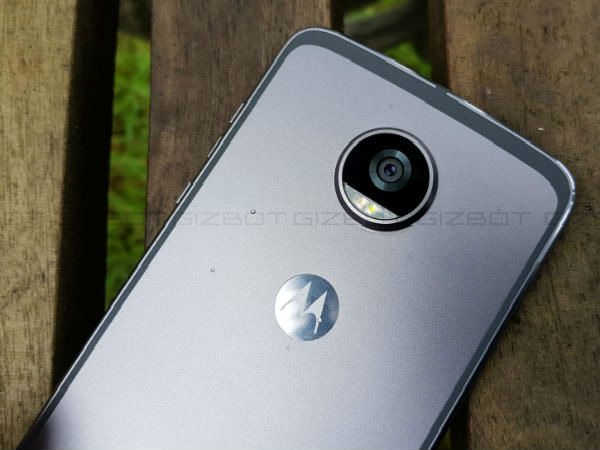 Moto Z2 Play First Impressions: Sleeker and faster Moto Z Play