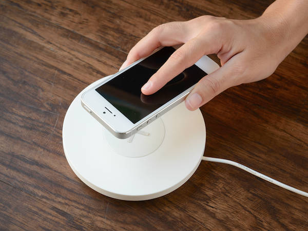 Apple might delay the release of wireless charger for upcoming iPhones