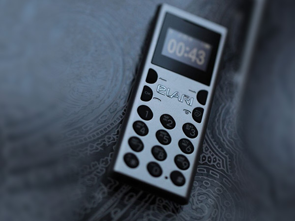 NanoPhone C, world's smallest phone launched in India at Rs. 3,940