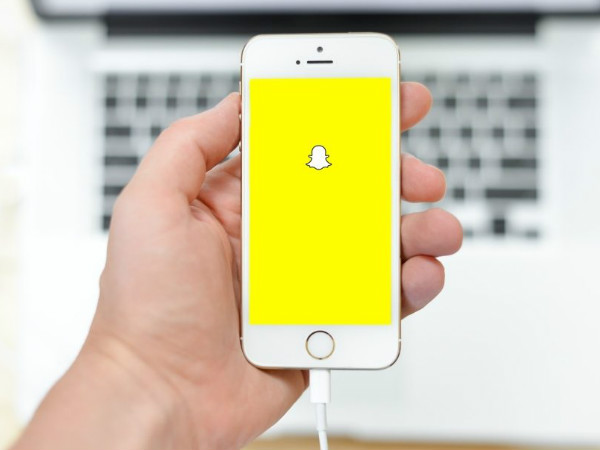 New Snapchat update will let you add links to your snaps