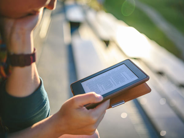 15 Best E-book Reader Apps: Their unique features