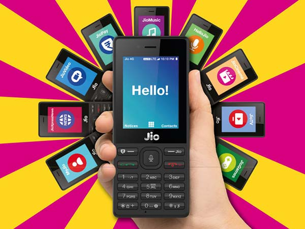 Pre-booking for JioPhone starts from 5:30 p.m. today