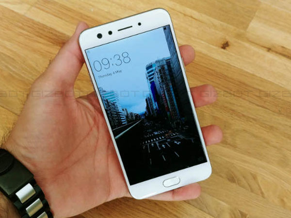 Oppo F3 now receives a price cut of Rs. 1,000