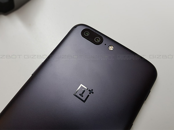 The new OxygenOS update adds 4K video recording support to OnePlus 5