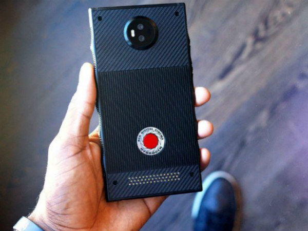 RED Hydrogen One with holographic display leaks via hands-on video