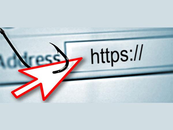 [Image: 14-1505387705-hidden-url-scam.jpg]