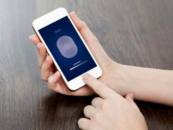 Learn how to take photos using Fingerprint scanner on any Android smartphone
