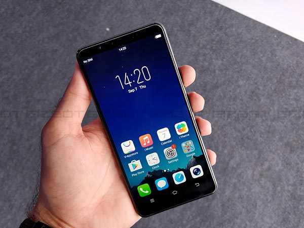 Vivo V7+ with 24MP selfie camera launched at Rs. 21,990