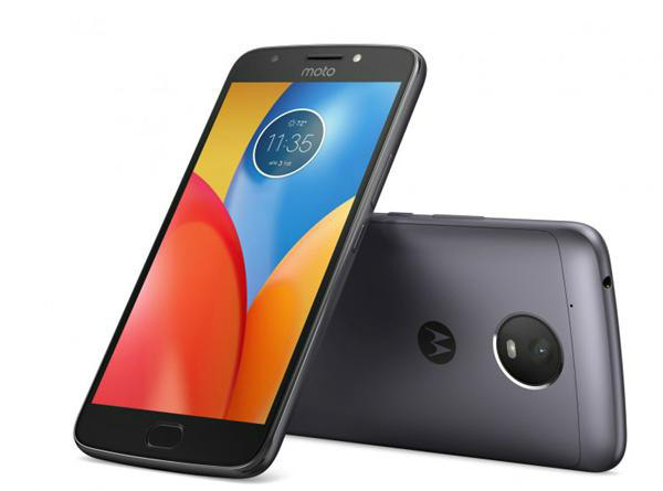 Motorola Moto E4 Plus (MRP: Rs 9,999    Offers Price: Rs 9,599 )