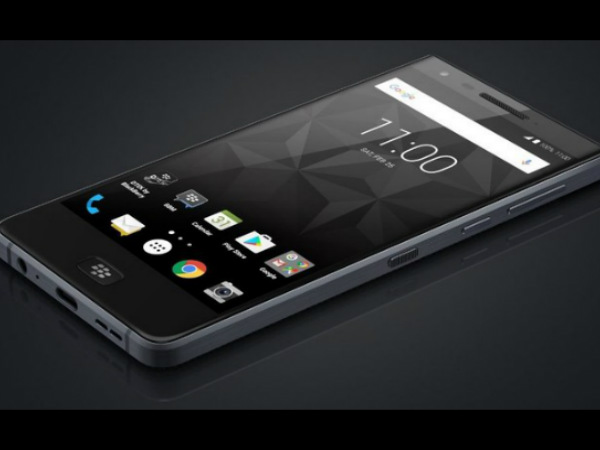 Blackberry Motion With 4000 mAh Battery & Touchscreen Display Launched