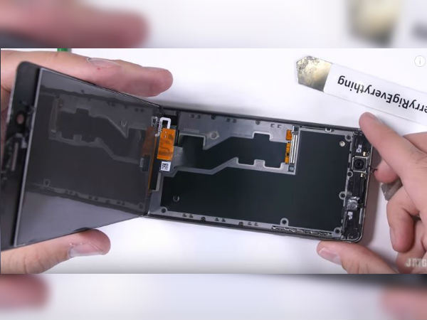 Nokia 8 gets teardown treatment; not easy to repair