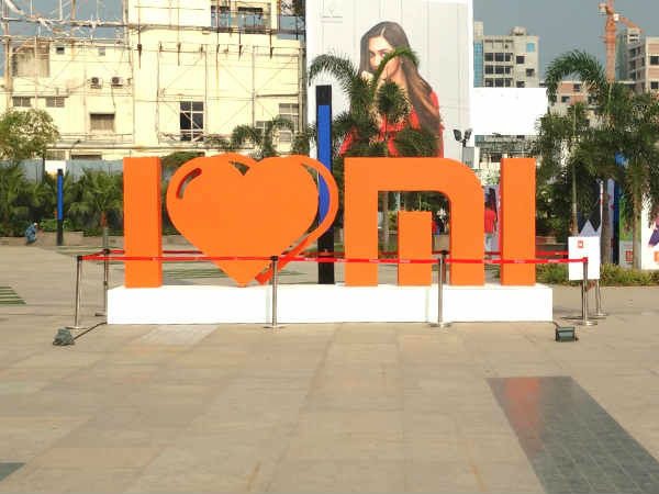Xiaomi shipped over 10 million smartphones last month