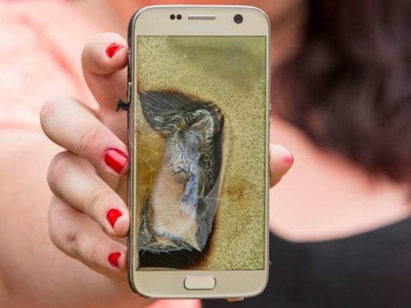 Another Samsung phone explodes in a man's pocket: Caught in video