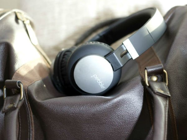 Pebble ELITE are foldable wireless headphone priced at Rs. 2,750