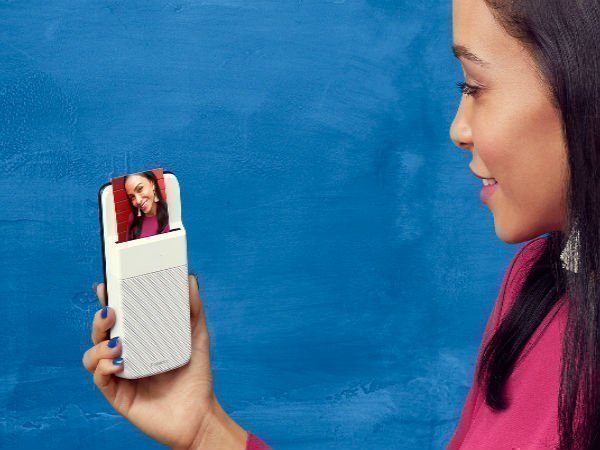 Polaroid's latest Moto Mod puts a printer on your phone