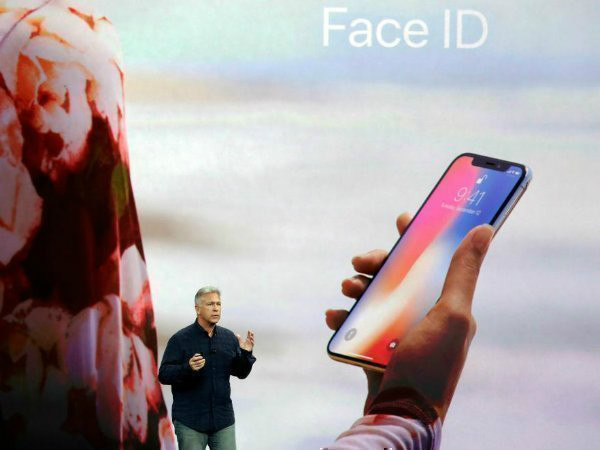 Apple iPhone X Face ID fails to work for family purchases, claim users