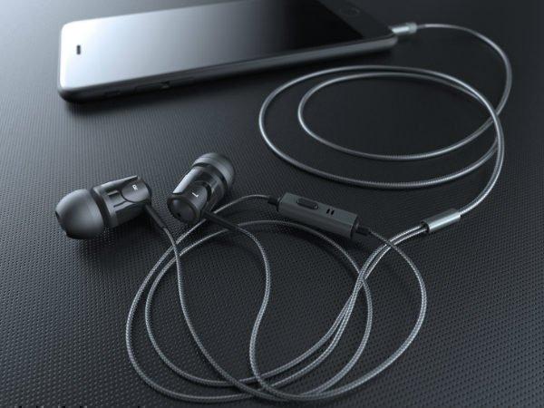 [Image: evidsonb3in-earheadphones-18-1513576350.jpg]