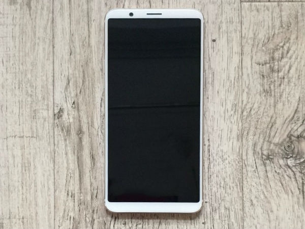 OnePlus 5T to come in a new white variant? Images leaked online