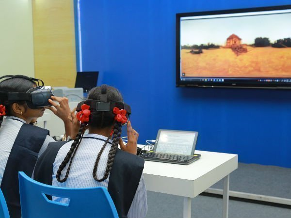 Samsung to launch VR and 360-degree videos on Indian heritage sites