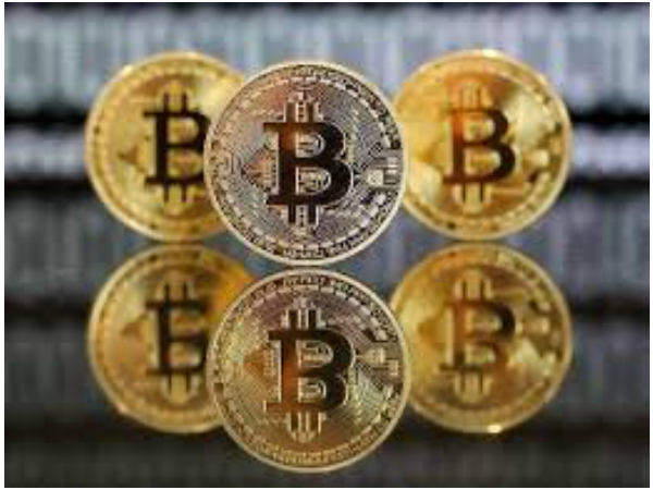 With Cryptocurrency crashes Bitcoin value falls below $8000