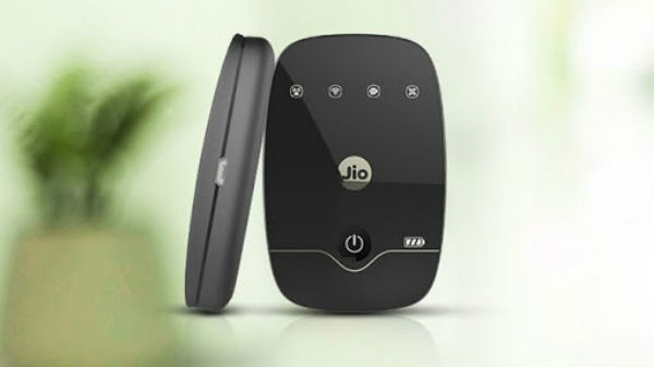 Buy JioFi at Rs. 1,999 and get free data and vouchers worth Rs. 3,595
