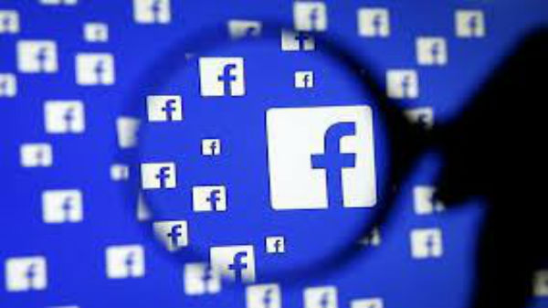 Facebook dragged to court again; three users file a lawsuit