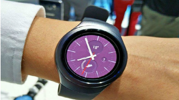 Samsung Gear S2 new update brings new look and features