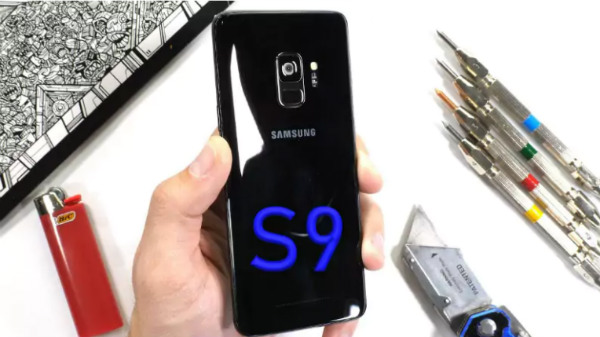 Samsung Galaxy S9 survives scratch, burn and bend tests