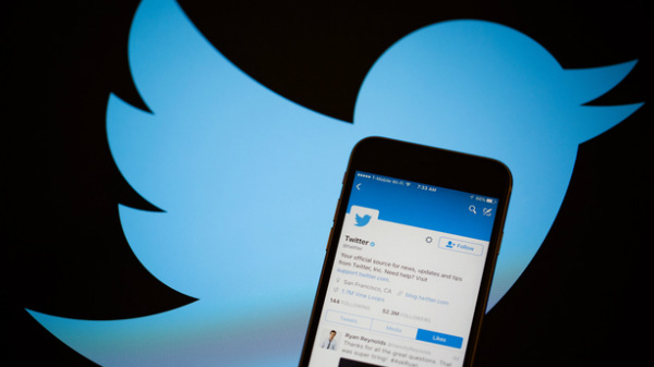 Twitter adds bookmarks feature to helps users save tweets easily