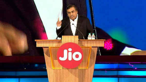Jio to offer  1.1 TB free data with JioFiber FTTH