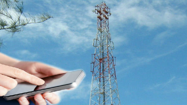 Call drops in Delhi: 566 mobile towers have been sealed by Delhi by municipal corporations