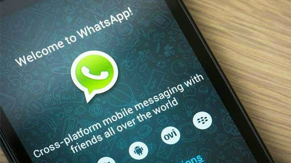 WhatsApp lets you download deleted media files once again