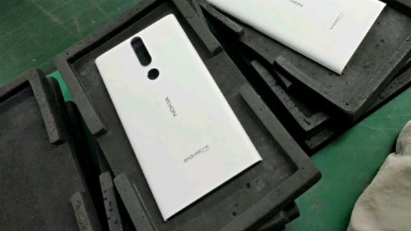 Alleged Nokia 3 (2018) photo tips at dual rear cameras