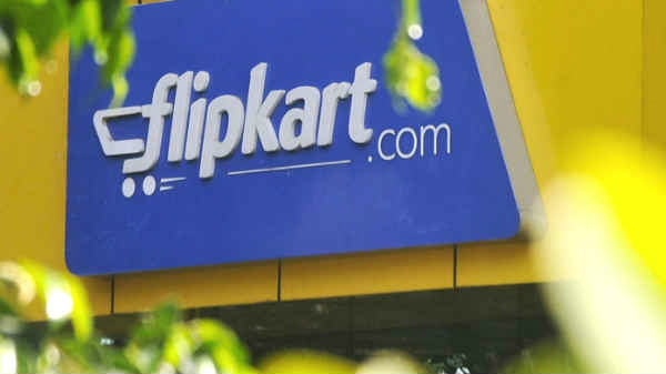 Flipkart sold refurbished iPhone as new through Big Billion sale