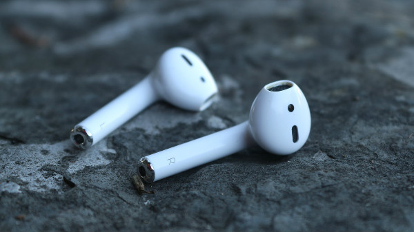 Apple to introduce high-end Airpods, Over-ear headphones and more